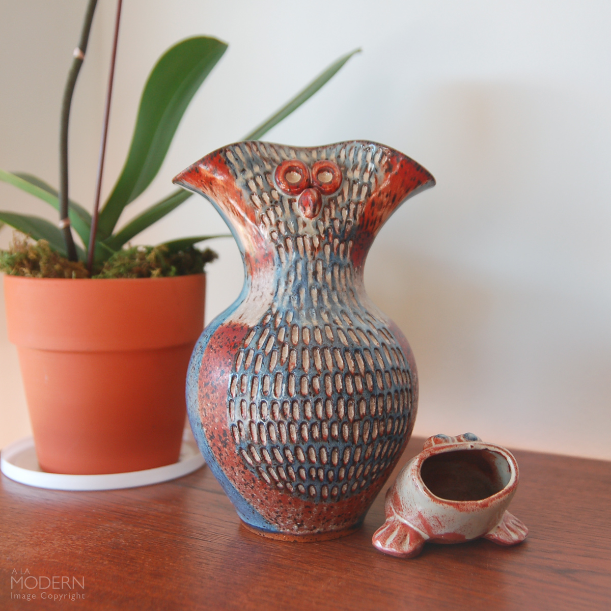 David Stewart Studio Owl Vase and Frog Planter